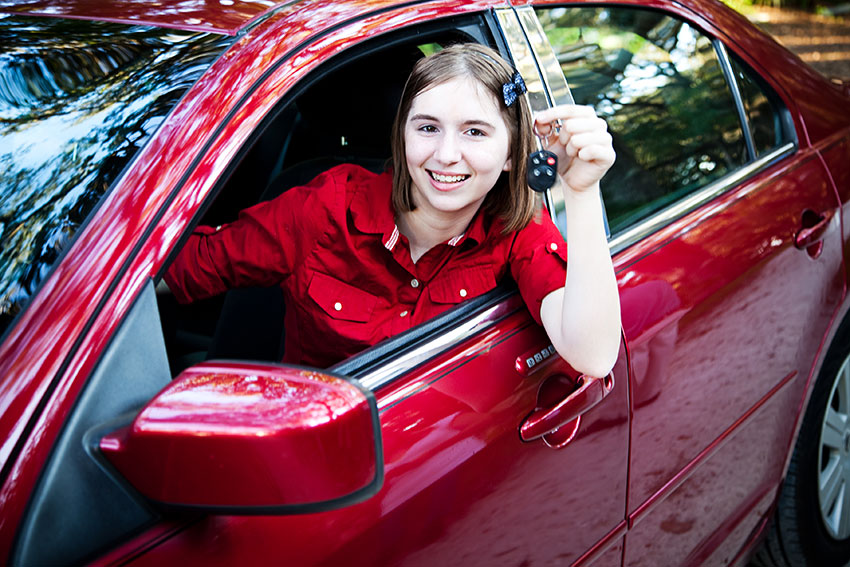 Cheap Auto Insurance Ontario >> Cheapest Car Insurance Quotes For 17 Year Old Male & Female in Ontario - RateLab.ca